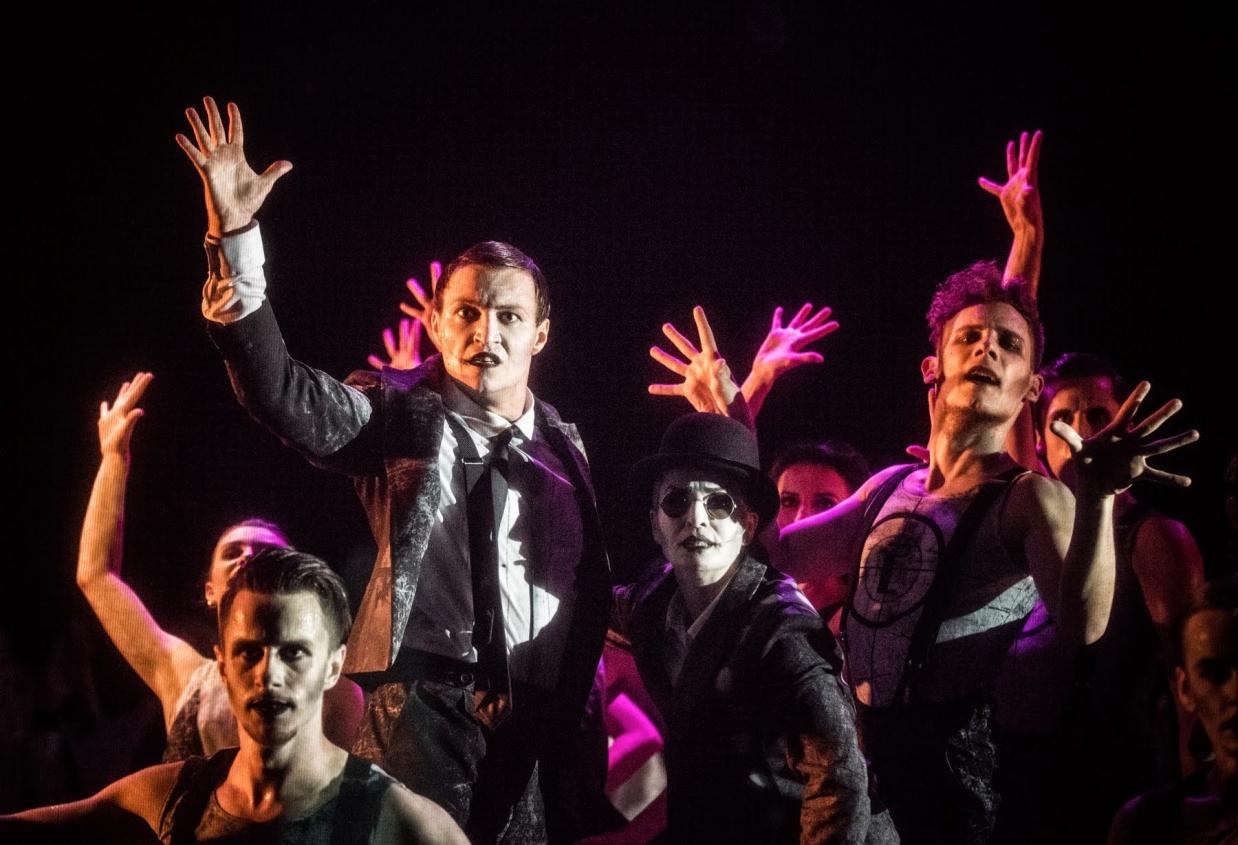 """Śpiewak jazzbandu"", Teatr Żydowski, fot. Magda Hueckel"
